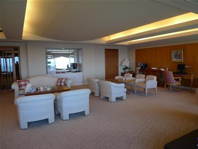 lx_lounge4.jpg